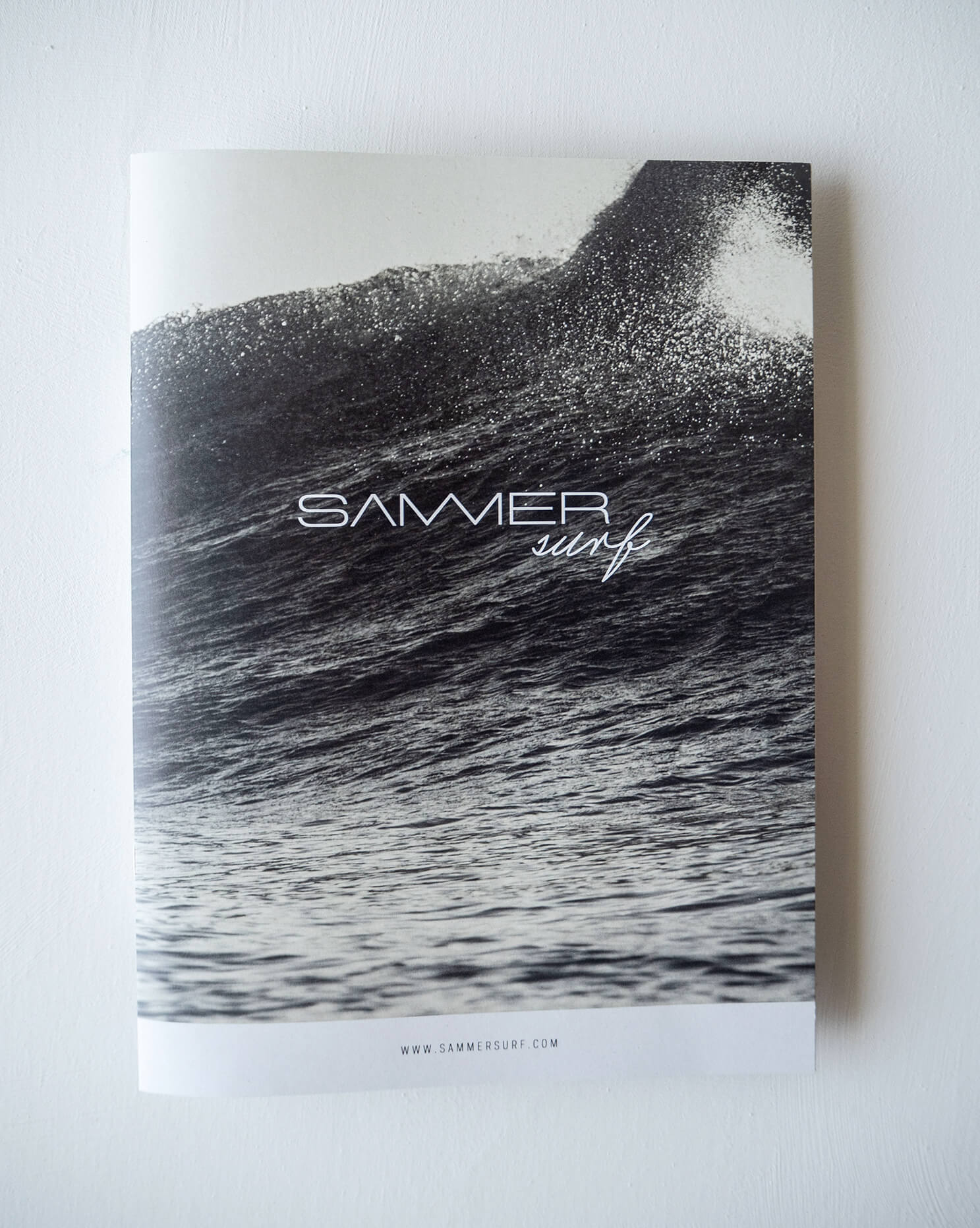 sammersurf, Branding, SUP, surfen, Chris Sammer, Corporate Design, Folder, Magazin, Editorialdesign, Typografie